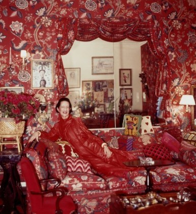 'A garden in hell' is how Diana Vreeland described in her legendary red living room decorated by Billy Baldwin 1955. (Horst P. Horst / Samuel Goldwyn Films)